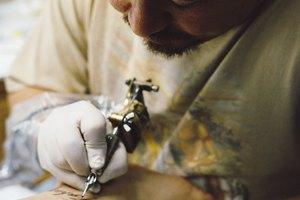 Cómo reducir el dolor de un tatuaje