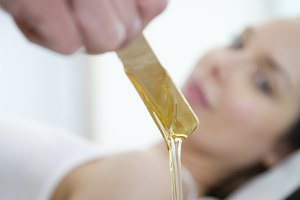How to Relieve Redness From Waxing
