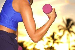 ¿Qué músculos trabaja el curl de bíceps?