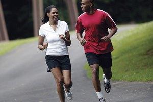 ¿Es mejor correr o hacer pesas para perder peso?