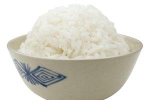 ¿Puede el arroz blanco dañar tu estómago?