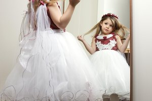 Advantages and Disadvantages of Beauty Pageants