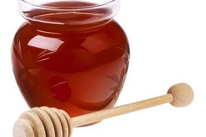 How to Make Homemade Honey-Lemon Cough Syrup