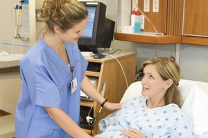 Colleges to Become a Certified Nurse Midwife