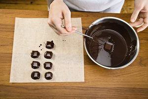 How to Thin Chocolate With Coconut Oil