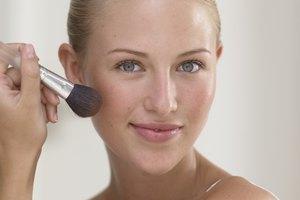 How to Keep Bronzer From Looking Blotchy
