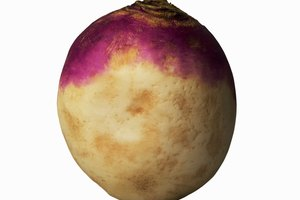 How to Clean Wax Off of Rutabaga