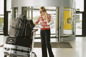 The Best Way to Pack Women's Clothes in a Garment Bag