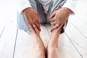 How to Give Pedicures to Seniors