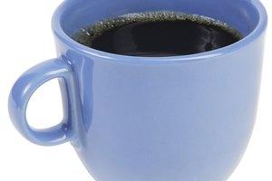 El café con cafeína causa dolor en el pecho