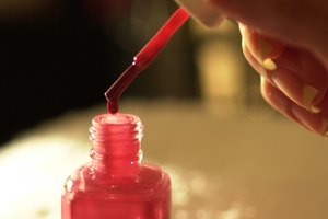 How to Make Nail Polish Thicker