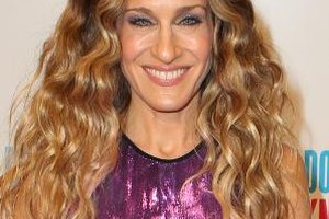"Sarah Jessica Parker sports Carrie Bradshaw curls at the ""I Don't Know How She Does It"" Melbourne premiere in Melbourne, Australia."