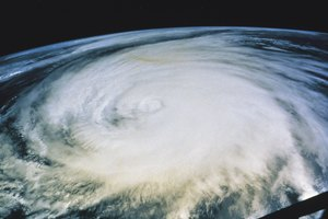 Hurricane Science Projects for K-12th Graders