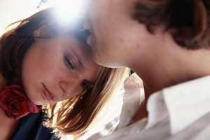 What Are the 5 Stages of a Withering Relationship?