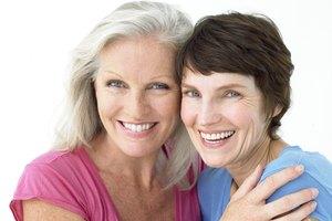 Hairstyles to Flatter Seniors