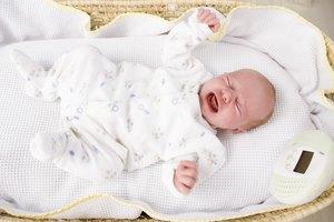 Distensión abdominal en los bebés