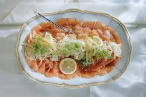 Pair gin and tonic with bright, rich foods such as like smoked salmon.