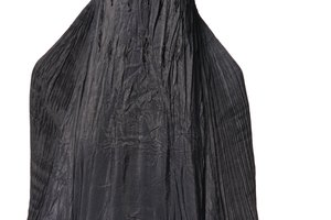 What Does the Black Veil Symbolize for Muslims?