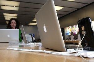 Do MacBook Pros Come With GarageBand?