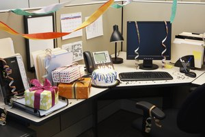 Etiquette for a Gift for a Co-worker's Birthday