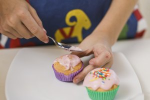 Can You Eat Cake Icing That Is Out of Date?