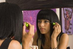 Step-by-Step Geisha Girl Makeup
