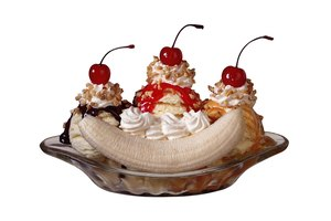 ¿Cuántas calorías hay en un banana split?
