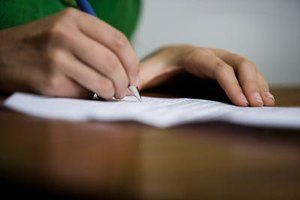 People who press lightly with their pen tend to avoid socially draining situations.