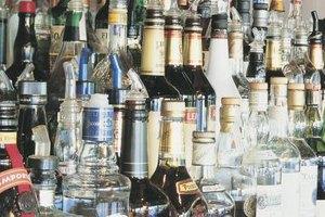 Pour spouts fit many different bottle sizes.