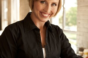 Hairstyles for Short Hair- Bobs & Stacked or Wedge Bobs