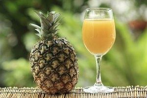 How to Freeze Pineapple Juice