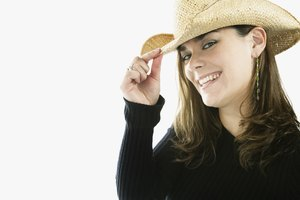 What Is the Difference in Men's and Women's Cowboy Hats?
