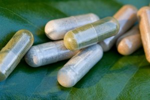 How to Take Goldenseal & Niacin to Clean Your System