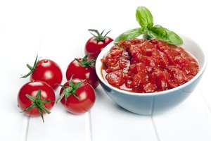 How to Crush Tomatoes