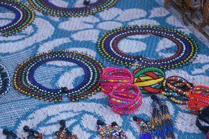 How to Make a Zulu Bead Necklace