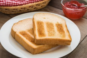 How to Toast Bread Without a Toaster