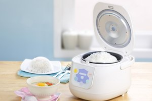 How Much Water for Three Cups of Rice in a Rice Cooker?