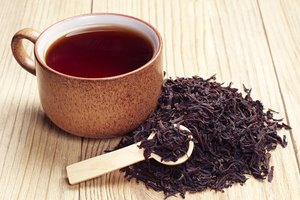 How to Dye Hair With Black Tea