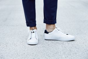 How to Remove Scuff Marks from White Shoes