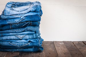 How to Convert Jean Sizes