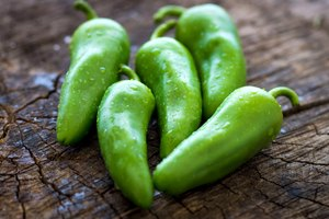 How to Keep Jalapeño Peppers Fresh