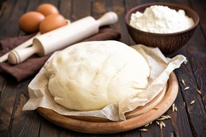 What Does Temperature Have to Do With Making Bread Dough Rise?