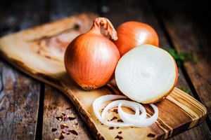 What Can I Substitute for Yellow Onion?
