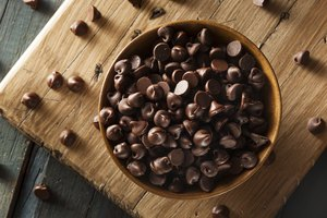 How to Convert Ounces of Chocolate Chips to Cups