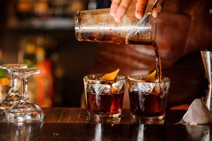 10 Most Popular Bar Drinks