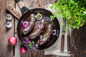 How to Bake Kishka Sausage