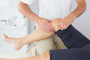 How to Massage Knees and Thighs