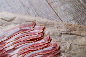 Tricks for Cutting Up Raw Bacon