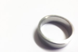 How to Get Rid of a Bad Smell Inside a Platinum Ring