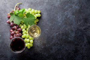 How to Make Raisin Wine